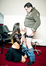 Fucking her boss gives girl a promotion